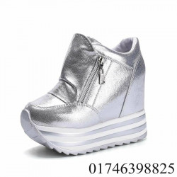 New  Stylish Ladies Boot Shoe Sneaker